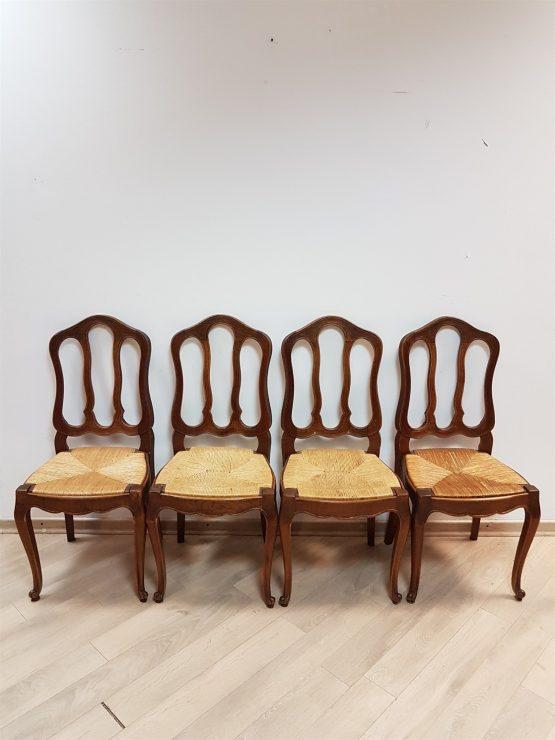 4 kėdės